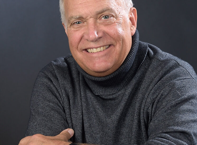 Jeff Renner is a Professional Speaker and Moderator. He is best known as lead meteorologist and broadcast professional for KING 5 News for more than 35 years.